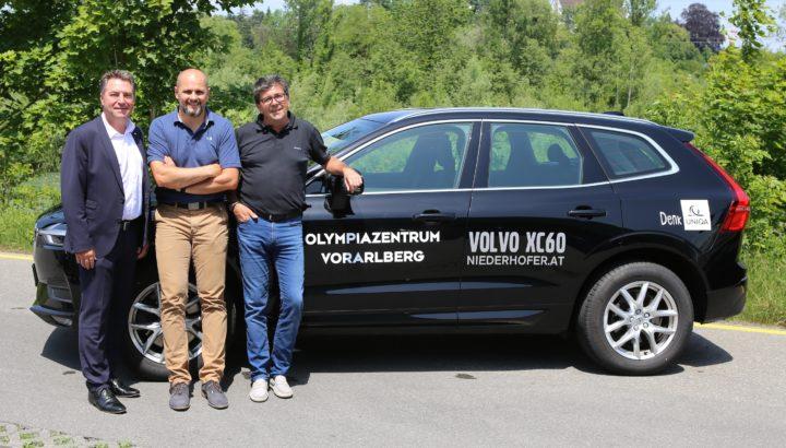 UNIQA und Autohaus Niederhofer unterstützen Olympiazentrum 01
